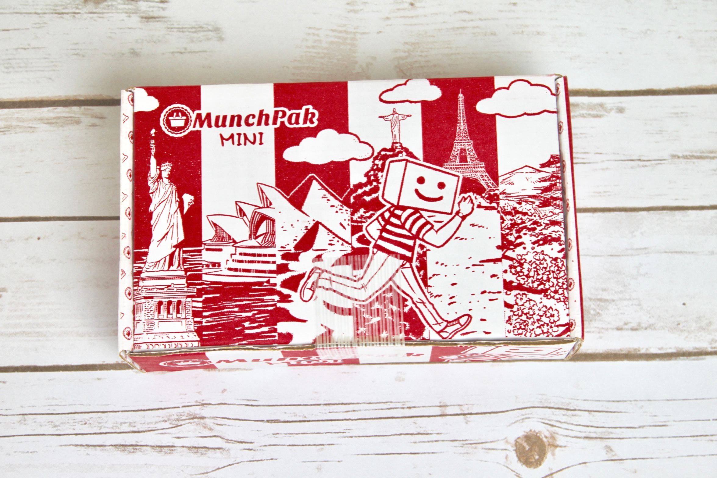 MunchPak Mini Subscription Box Review + Coupon!