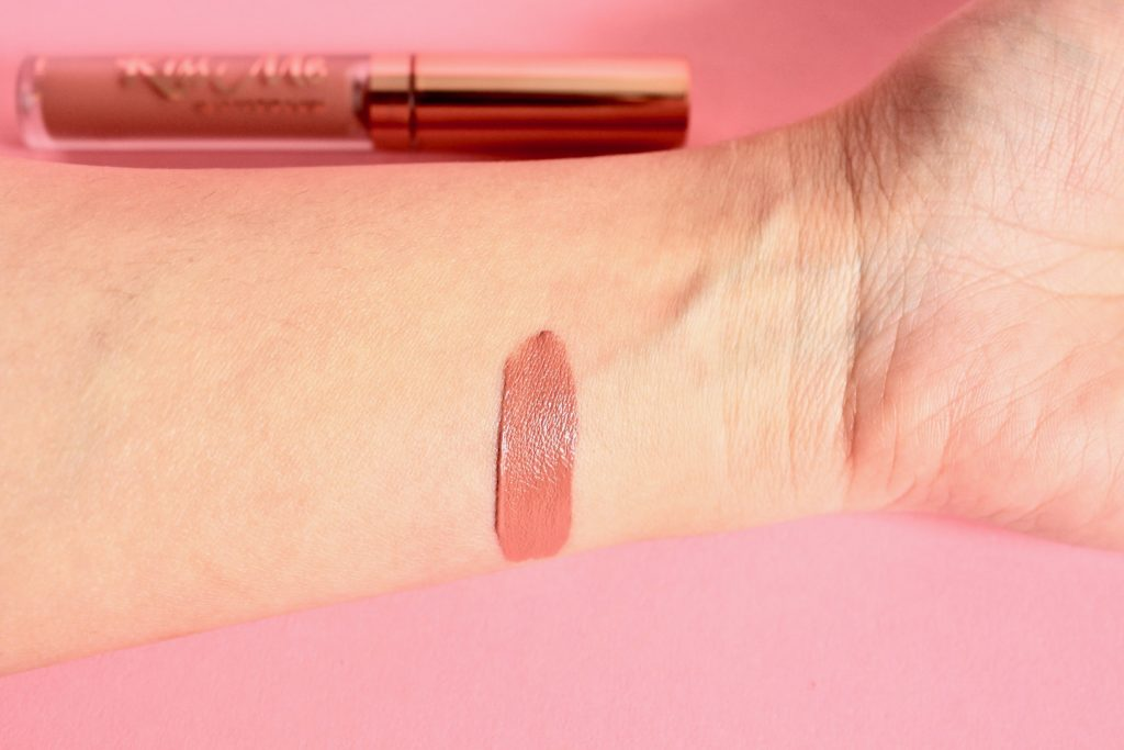 LiveGlam Kiss Me Subscription Box Review - Swatch: Luxe