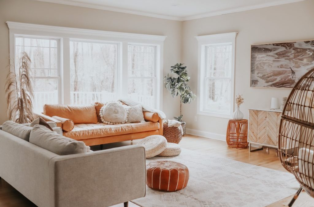 3 Must-Haves For A Cozy Family Room!